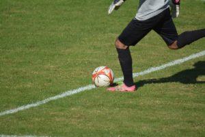 entrainement-physique-football-avec-ballon